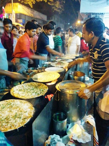 40+ Varieties of Delicious Dosas at this Eatery in Ghatkopar