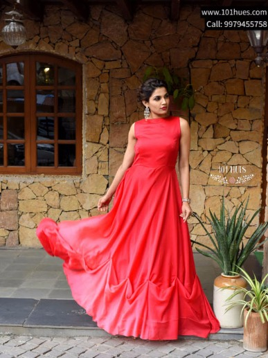 Get Flaunt-worthy Wedding Apparels from 101Hues on Rent!