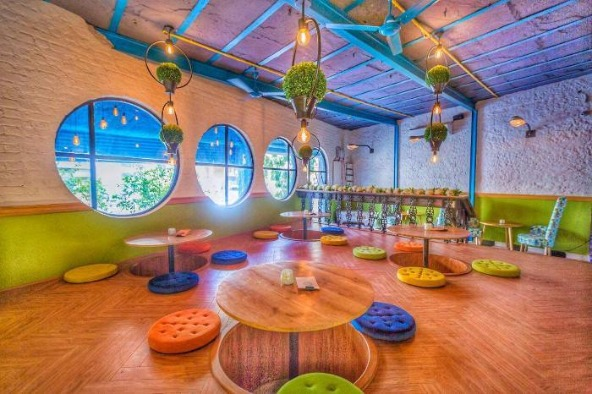 This Bistro Lets You Co-work, Unwind with the Natural Vibes!