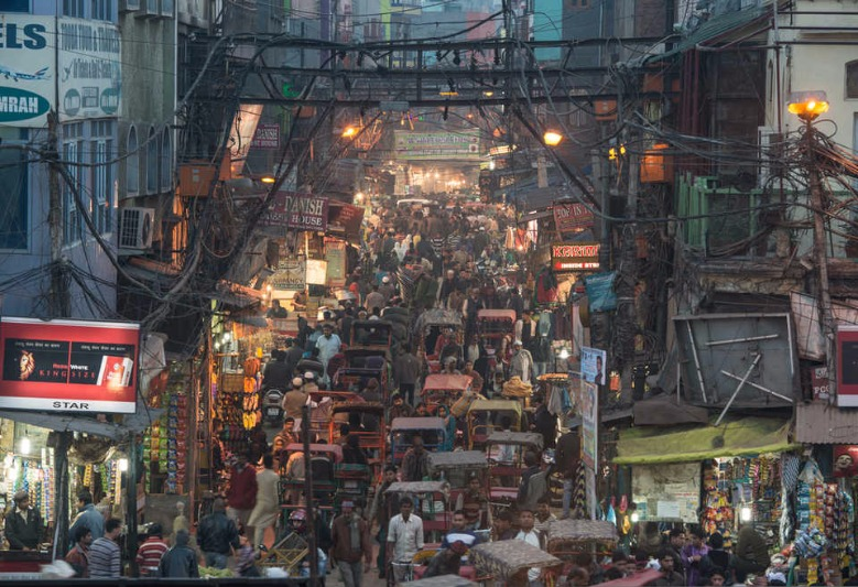 Head To This 5 Markets For Budget Street Shopping in Delhi!