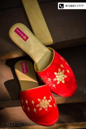 Get trendsetting footwear apt for wedding season from Blinkk