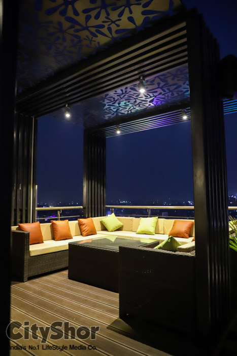 The most beautiful Terrace Restro Cafe- Upri Manzil