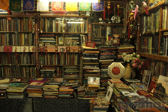 Art book center ahmedabad Home decor ahmedabad