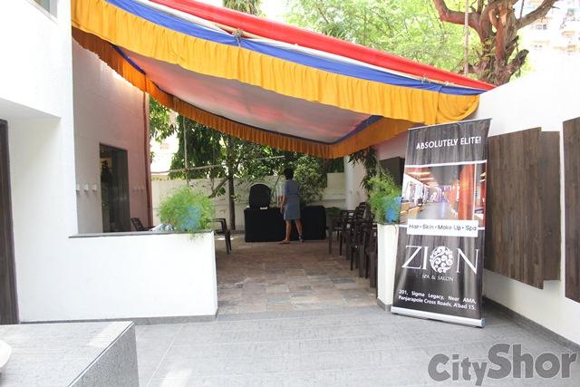 LULU Bags - Australia at Avakasa Ahmedabad