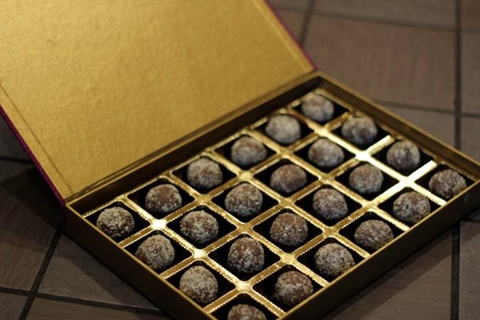 Chocolates for Wedding Invites at Cocoa Drama