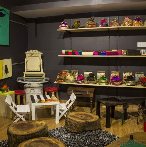Young Trukk - Fashion & Art Store Ahmedabad