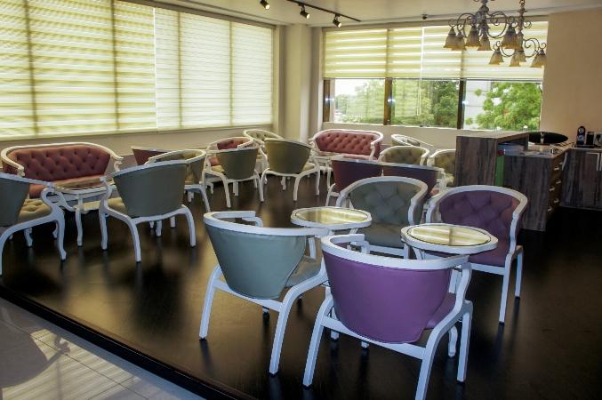 Acentric Loft Cafe