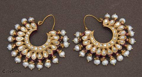 Go back to the Mughal Era with Rukmani Jewellers!